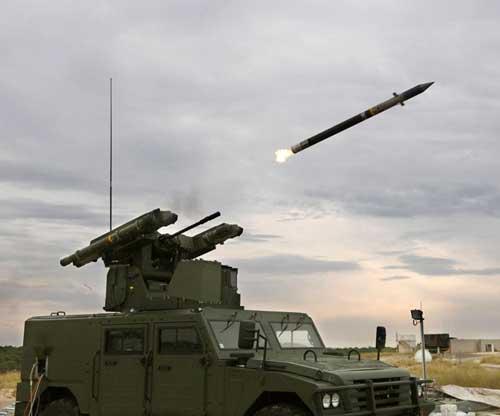 Sistem peluncur dapat memuat empat rudal sekaligus.