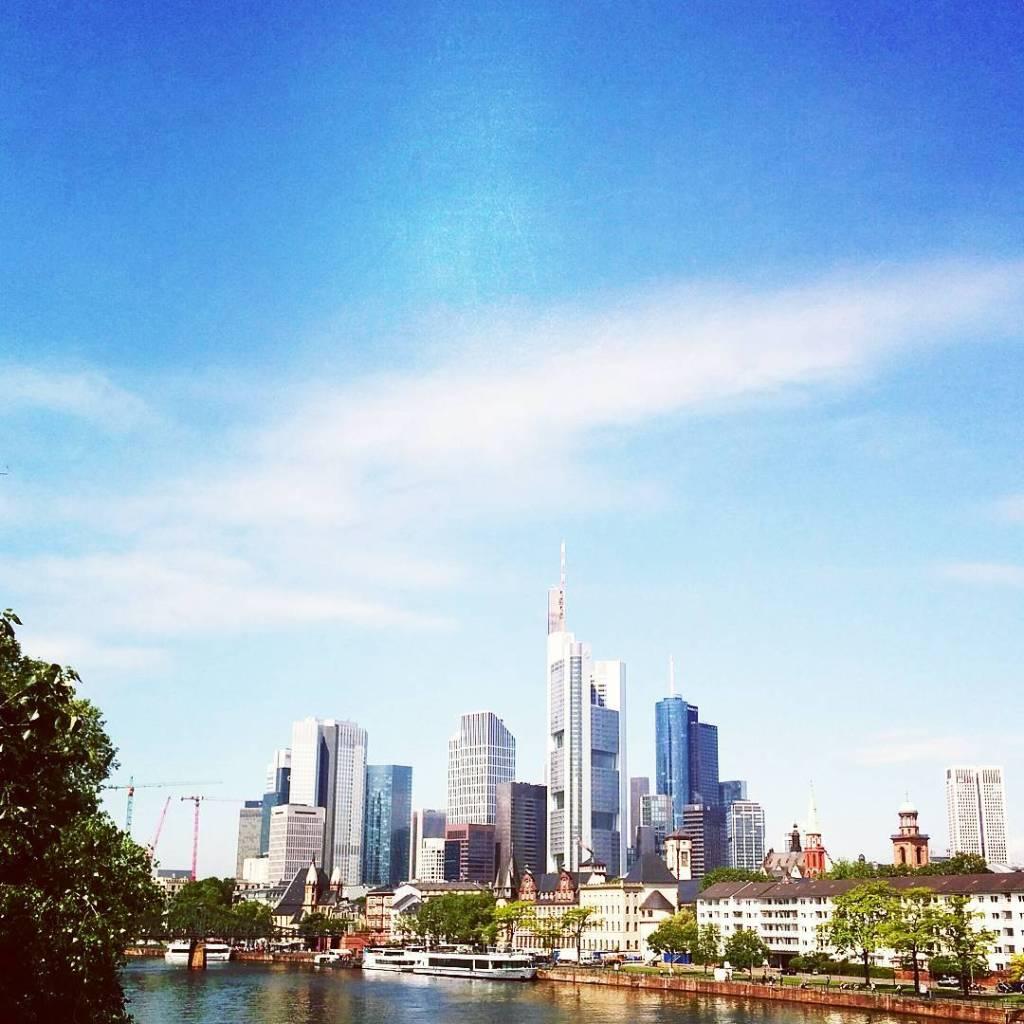Heute gab es zuerst eine Stadtfhrung durch Frankfurt und anschlieendhellip