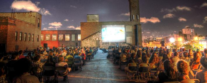 Cinema sui tetti di new york inewyork for Comprare casa a new york manhattan