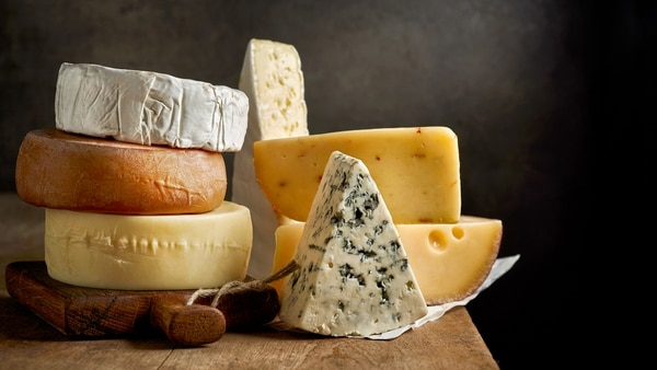 Un estudio demostró la relación entre el quesoy el bienestar de las personas (Getty Images)