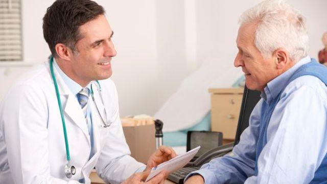 Algunos hombres de edad avanzada suelen comenzar con problemas de incontinencia (iStock)
