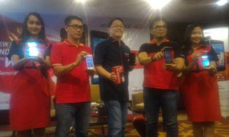 Peluncuran layanan VoLTE dan Dua Varian Terbaru Andromax di Padang, Sumatera Barat. Senin (21/3)