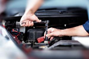 El coste medio de la reparación de un coche cuesta 1.232 euros