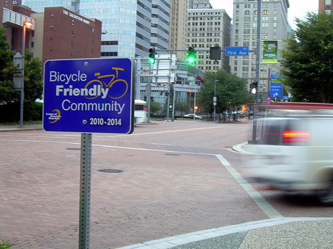 Photo: Kordite / Flickr. Pittsburgh, PA has earned a bronze rating as a bike-friendly city by the League of American Bicyclists.