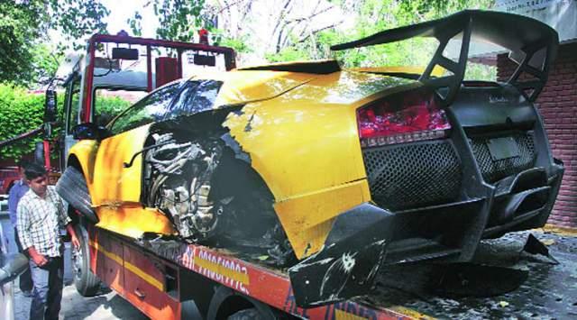 lamborghini-murcielago-crash-india-1