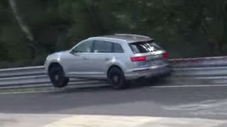 AUDI-SQ7-CRASH-RING