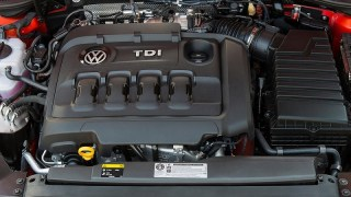 volkswagen-passat-tdi-engine-2016