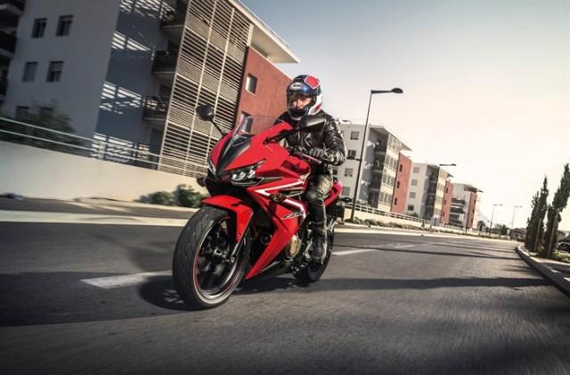Honda CBR500R 2016