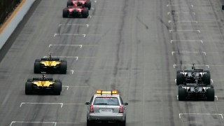 INDIANAPOLIS, IN - JUNE 19: Six cars line up for the start of the United States F1 Grand Prix at the Indianapolis Motor Speedway on June 19, 2005 in Indianapolis, Indiana.  (Photo by Clive Rose/Getty Images)