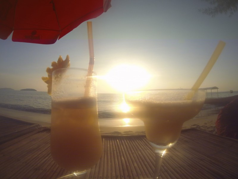Solnedgang drinks - Otres beach, Cambodia