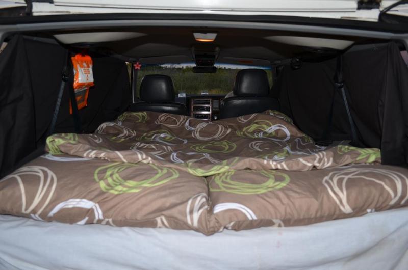 Vores dejlige seng, frisk opreddet, og klar til endnu en nat i outbacken.