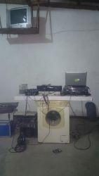 Et lidt anderledes set up af en DJ pult.