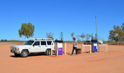 Australien, outback, rødt sand, red dirt, 4x4