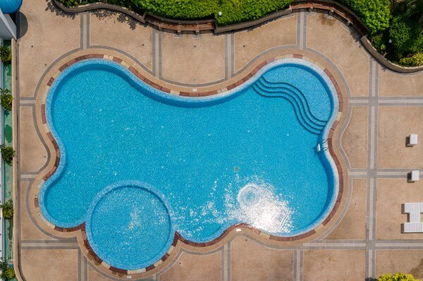 Backyard Pool Designs Custom Inground Concrete Swimming Pools | Scarlet Pools St Louis Missouri