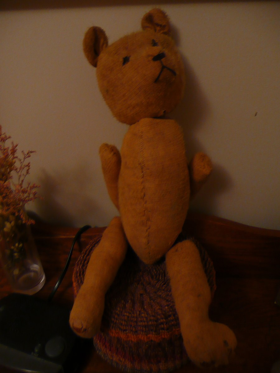 My Mom's Old Teddy Bear