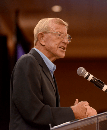 lou holtz speaks out ini world report. Black Bedroom Furniture Sets. Home Design Ideas