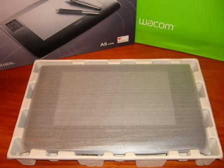 Unboxing Wacom Intuos3  A5 Wide Special Edition