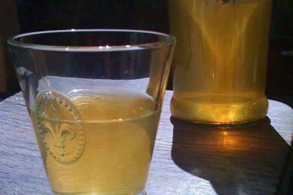 Apricot Wine | Inn at the Crossroads