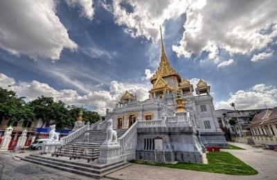 Holidays in Bangkok - Temple of Dawn