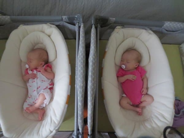 Molly and Clara_2 months_cribs