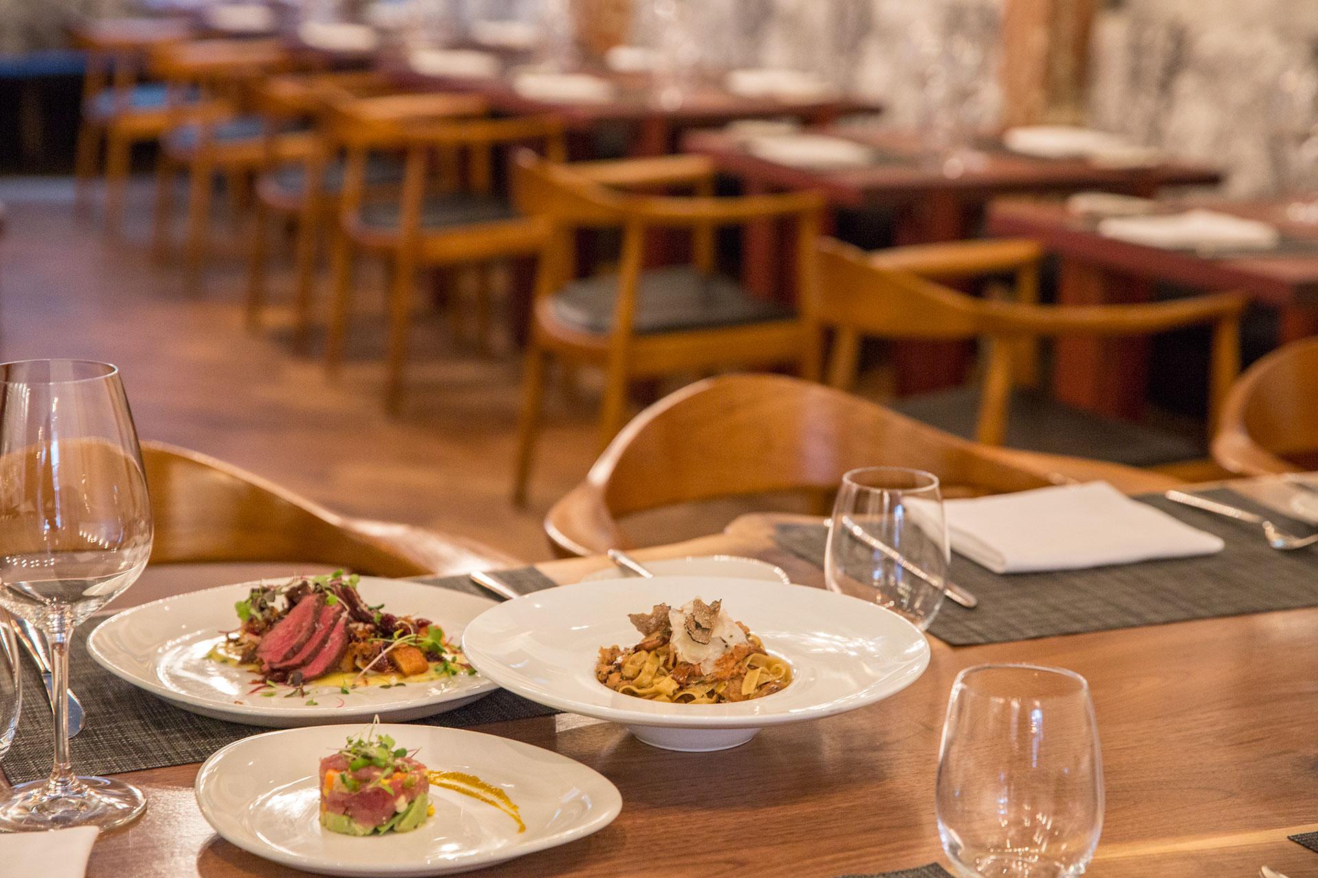 新穎美味,古樸餐廳好去處
