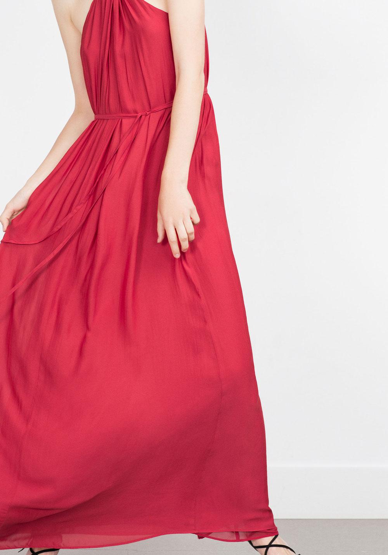 誰穿誰好看:夏日長裙的5色穿搭!
