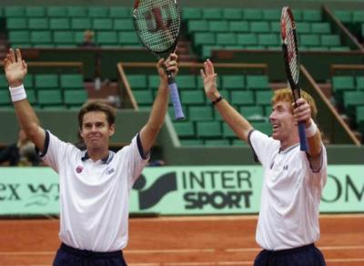 """Legendary Australian tennis duo """"the Woodies"""" to receive Philippe Chatrier Award"""