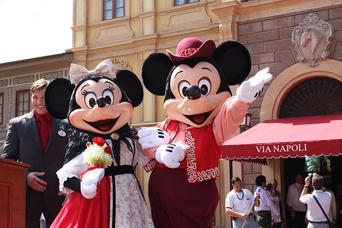 Mickey and Minnie Mouse at the Via Napoli Ristorante e Pizzeria grand opening