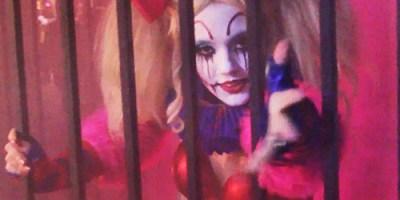 clown-go-go-dancer