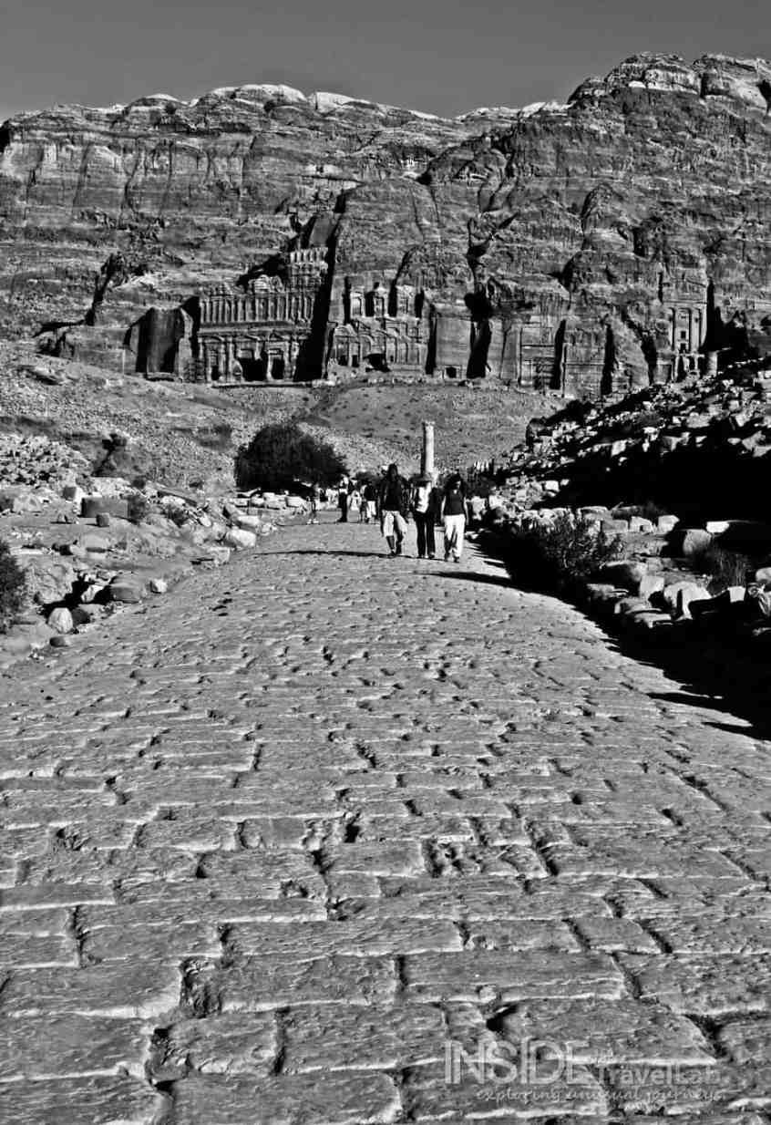 B&W Petra, Jordan