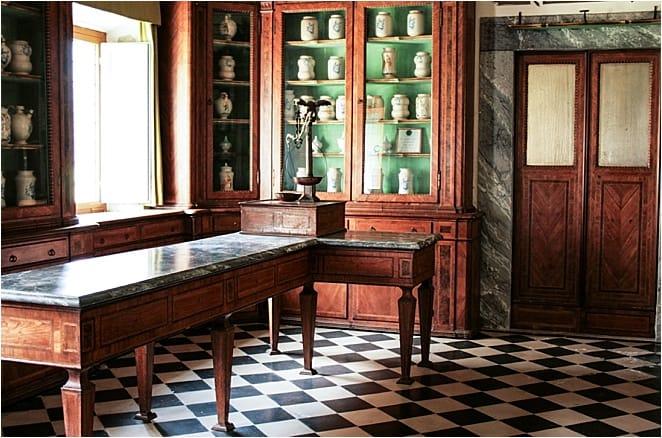Charterhouse Calci Pharmacy