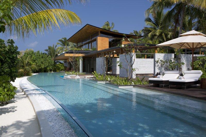 Coco Privé Palm Residence