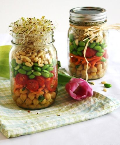 sprouted spring salad in a jar_1