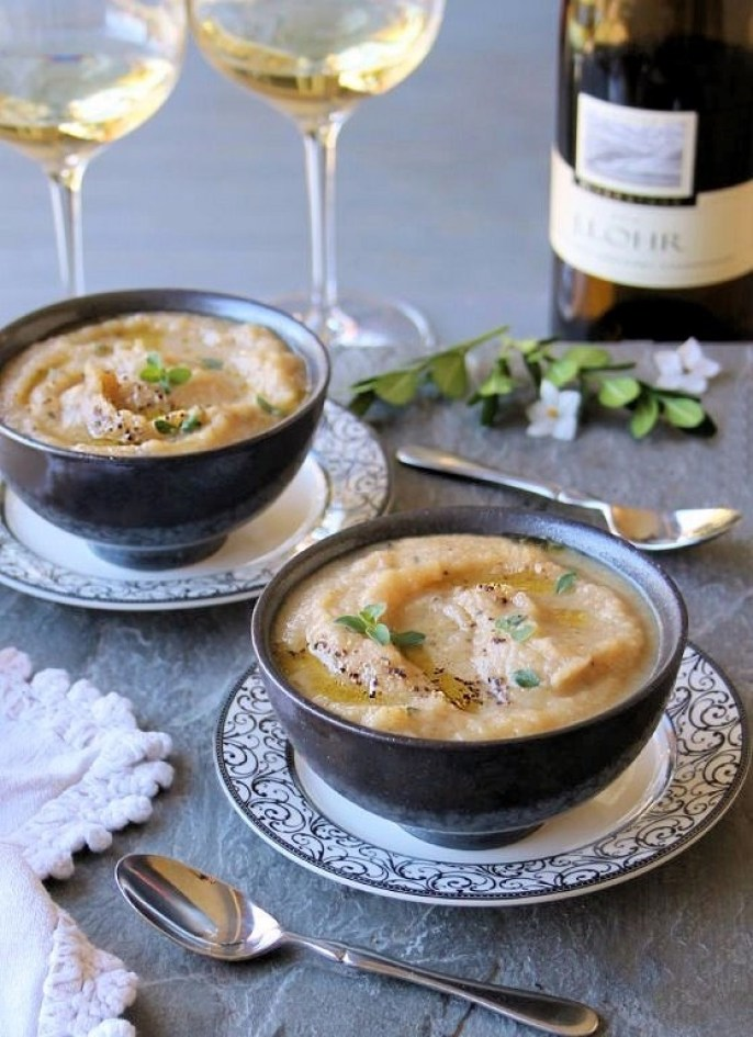 roasted cauliflower soup with apple & fennel
