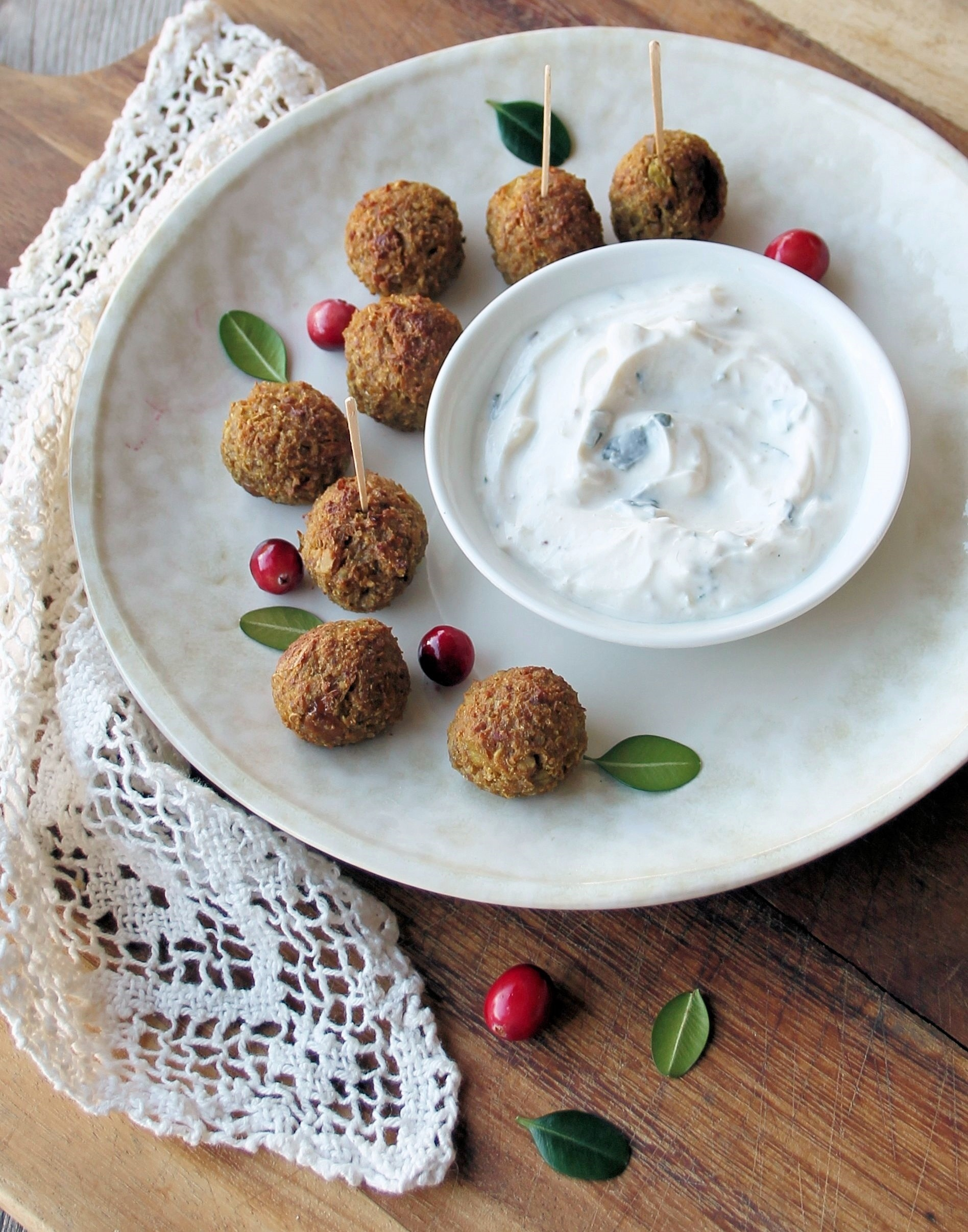 Baked Quinoa Balls with Yogurt Dip (Gluten-Free)