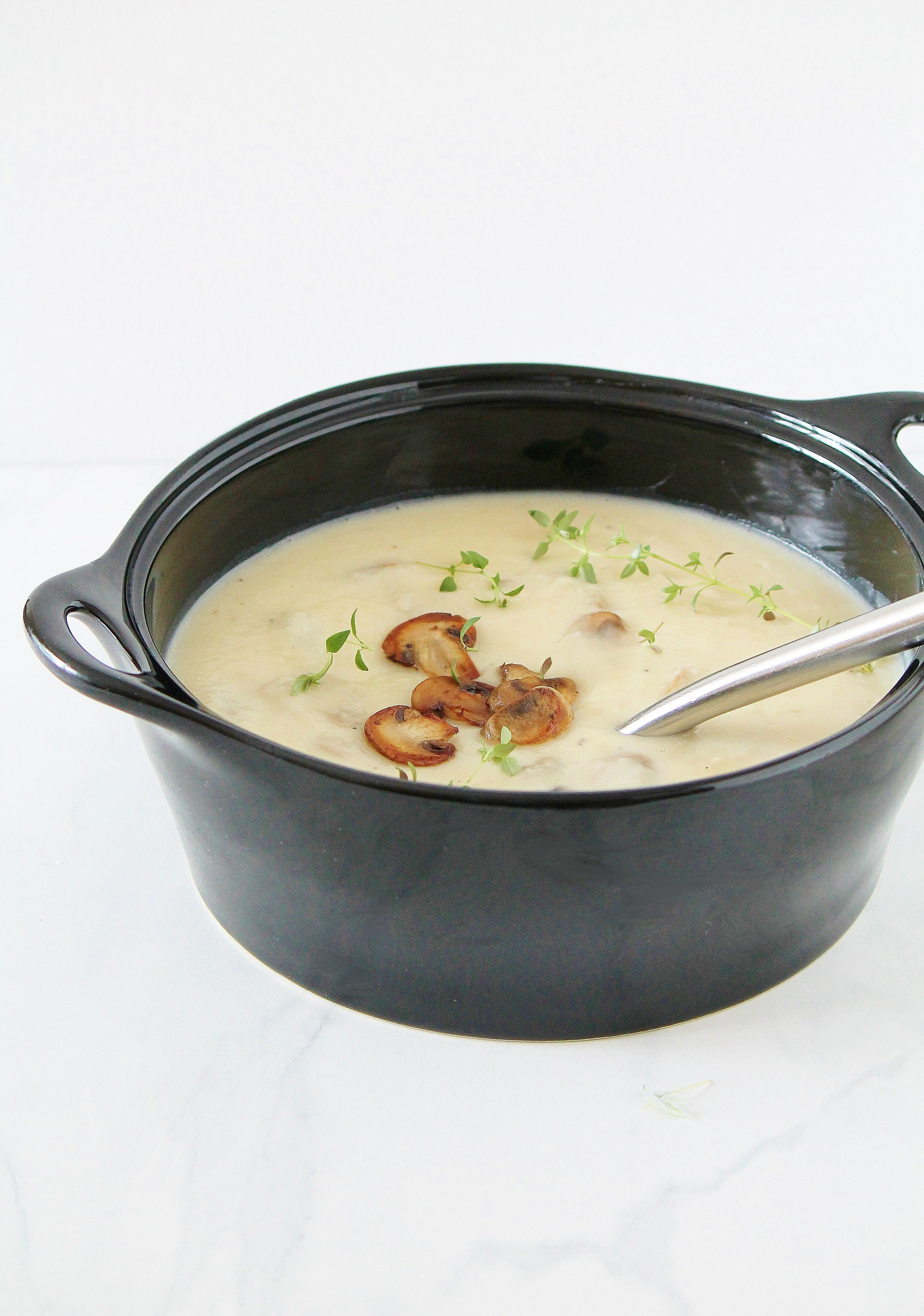 creamy potato & roasted garlic soup