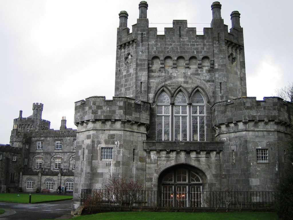 20 Unique Fascinating Castles In The World Inspired Luv