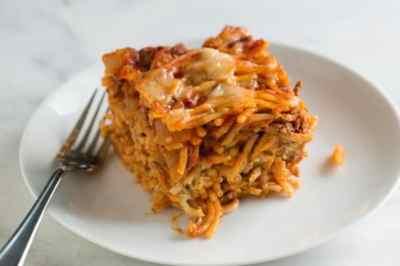Easy Baked Spaghetti Recipe with Creamy Pesto