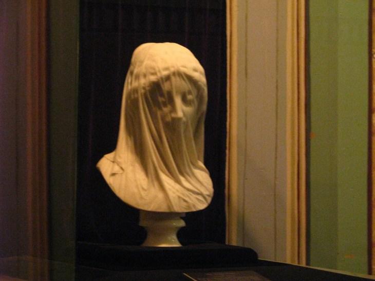 040 - The Veiled Virgin