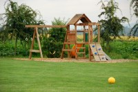 Backyard Playground: Best Ground Cover Options Guide ...
