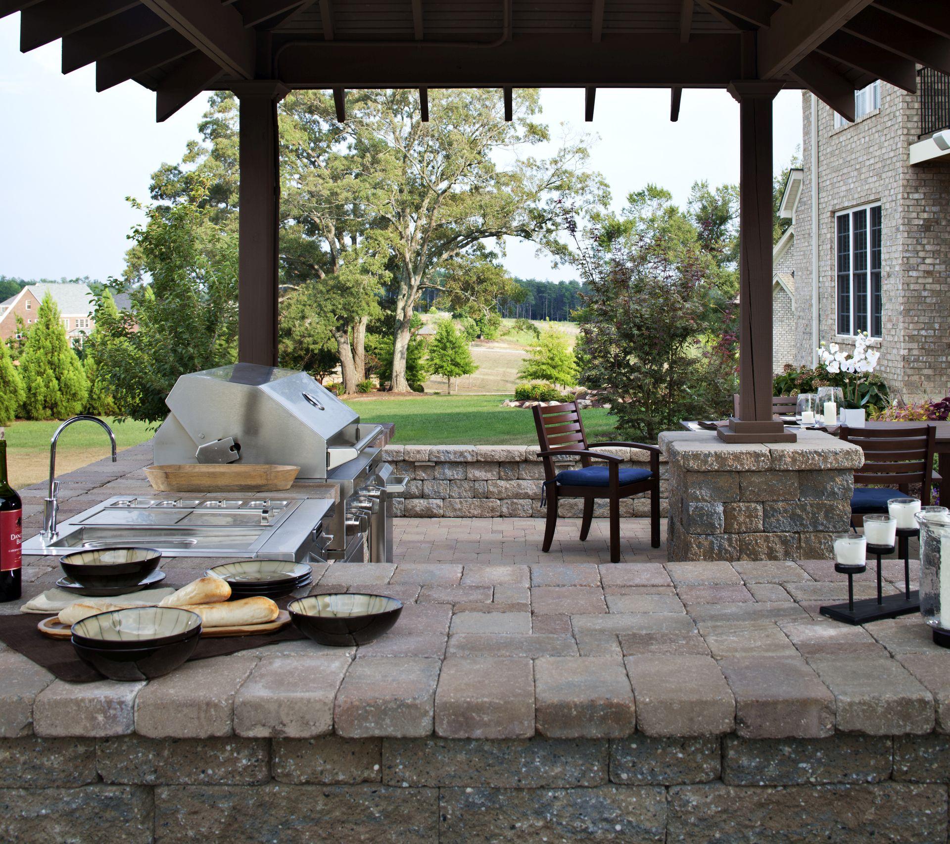 outdoor kitchen countertops ideas kitchen countertop material Outdoor Kitchen Countertop Ideas