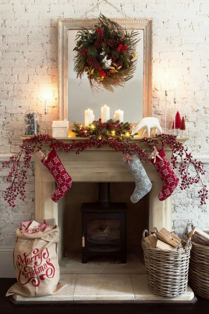 25 Stunning Christmas Fireplace Ideas To Try - Instaloverz - christmas fireplace decor
