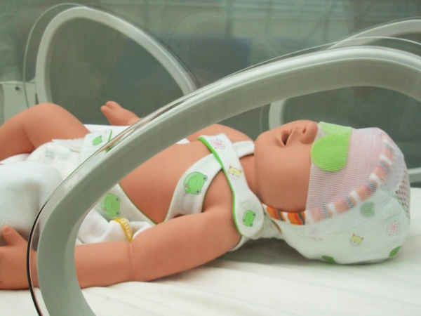 Intelligent Design for Neonatal Monitoring with Wearable Sensors