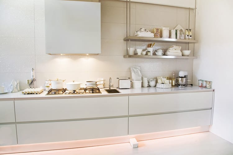 49 Wonderful White Bright Kitchens Pictures