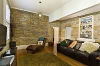 30 Gorgeous Living Rooms with Stone Walls (PICTURES )