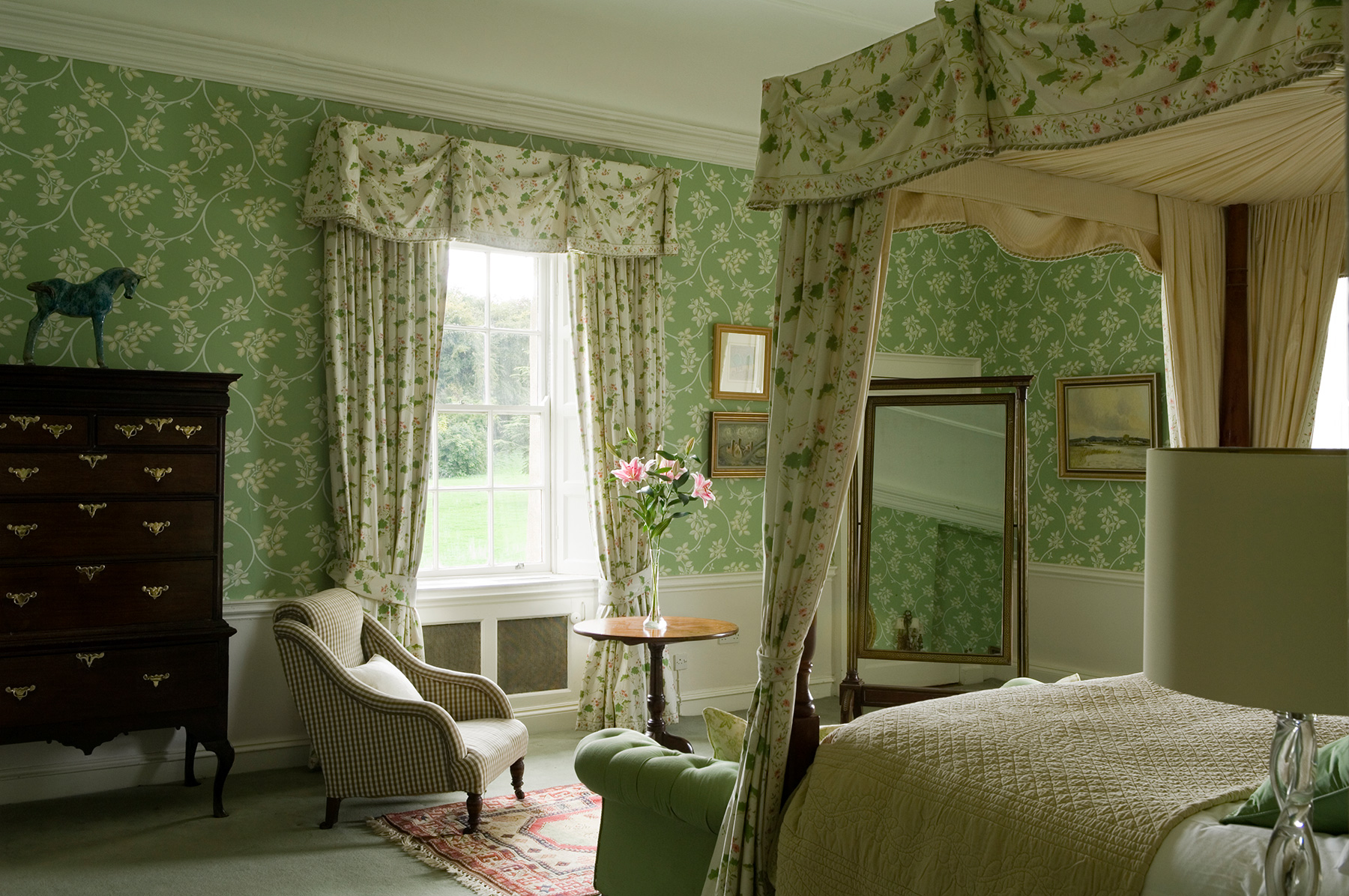 Black White Modern Wallpaper Irish Country Green Bedroom Interiors By Color