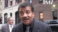 Neil deGrasse Tyson Patiently Joyously Explains to Paparazzi What Would Happen if You Smoked Weed in Space