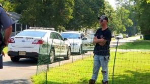Get off my lawn Man installs electric fence to keep kids away