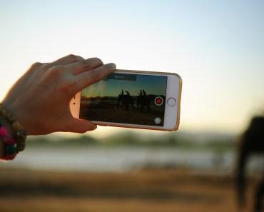 Een video online monteren. Foto: CC0/Teono123 No