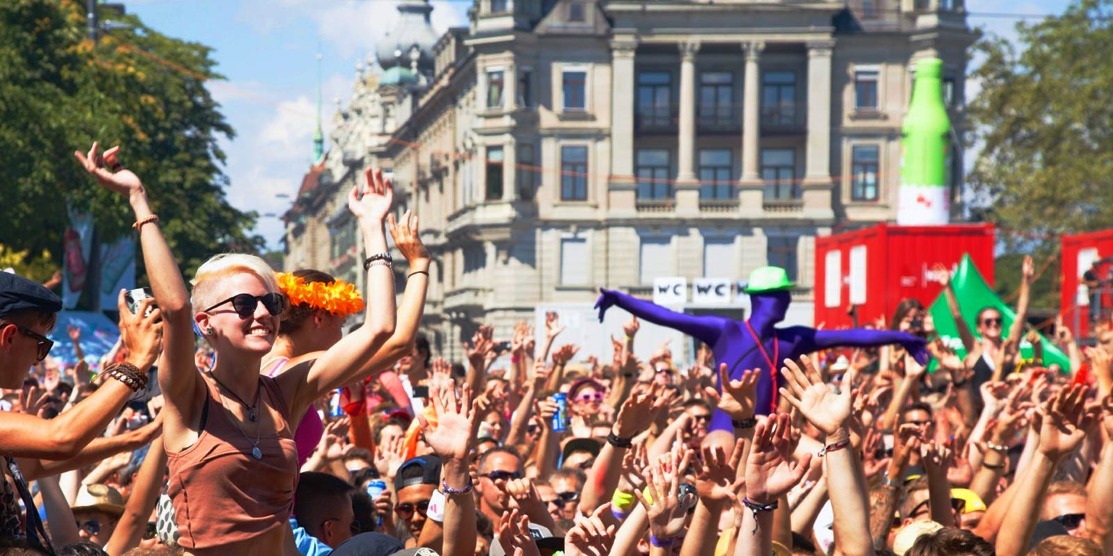 Milan Street Parade 2016 Italy, on the 25th of June: everybody dance!